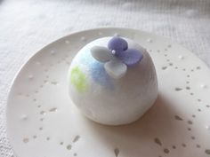 "Japanese Sweets, wagash, ""Temaribana""   hydrangea"
