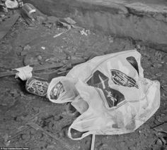 One of Paul Cadden's drawings showing litter on the streets of Glasgow - ALL PENCIL!!!