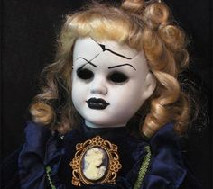 Scary Halloween Dolls   Scary Doll