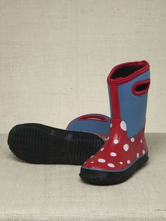 Hatley White Dots on Red Pull-On All Weather Splash Boots at Wellies and Worms £23.95 with easy-pull on handles and reflective patches, perfect winter boot for girls.