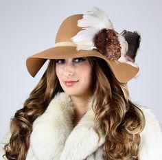 "La Vie en Rosas,""Sienna"" Romantic Coachella Style Boho Floppy Hat Vintage Bohemian, Bohemian Style, Chic Winter Outfits, Boho Hat, Rose Colored Glasses, Festival Fashion, New York Fashion, Hats For Women, Wool Felt"