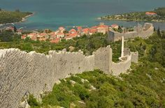 A wall hundreds of years old, which is the second longest complete fortress system in the world stands in Ston, Croatia. #WOW
