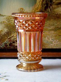 Antigo Vaso Carnival Glass Imperial Co. USA. Cerca de 1900.