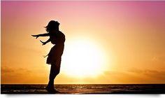 Sie wollen Ihr Selbstvertrauen, Ihre Selbstsicherheit stärken? Dann erfahren Sie hier 10 einfache, aber effektive Übungen.
