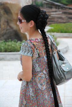 Xia Aifeng - Big bun and long braid - ChinaLongHair Beautiful Long Hair, Amazing Hair, Big Bun, Super Long Hair, Braids For Long Hair, Braided Hairstyles, Kimono Top, Long Hair Styles, Pretty