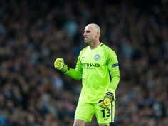 Wilfredo Caballero wants new contract at Manchester City