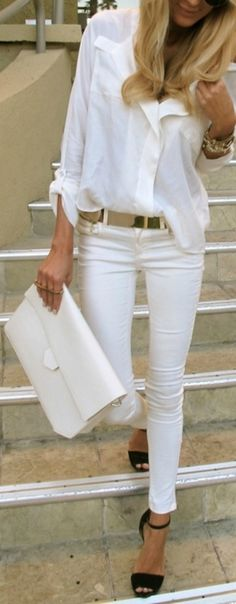 Wish I could look this good in this outfit! Love the all white and gold