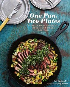 One Pan, Two Plates: More Than 70 Complete Weeknight Meals for Two (One Pot Meals, Easy Dinner Recipes, Newlywed Cookbook, Couples Cookbook)Chronicle Books Crockpot Recipes For Two, Easy Dinner Recipes, Cooking Recipes, Healthy Recipes, Healthy Food, Dinner Ideas, Slow Cooking, Easy Healthy Weeknight Dinners, One Pot Recipes