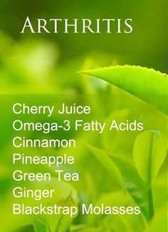 Natural Cures for Arthritis Hands - There are many natural remedies for arthritis and rheumatoid arthritis. This list focuses on food remedies ♥ Arthritis Remedies Hands Natural Cures Natural Remedies For Arthritis, Natural Home Remedies, Natural Healing, Natural Life, Natural Medicine, Herbal Medicine, Sante Bio, Arthritis Relief, Arthritis Hands