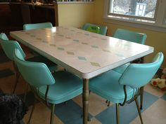 Turquoise Chartreuse Diamond Top and turquoise chairs - gorgeous mid century dinette set