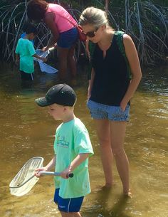 It's Young Explorers Nature Hour @discoverelc with Community PreSchool! It's never too early to teach ecology science about the #indianriverlagoon. #discoverelc #fieldtrips #summercamps #naturefun