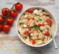 Sałatka z soczewicą, kuskusem, pomidorkami i miętą