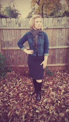 Lularoe Julia dress #lularoe #juliadress #lularoewithannie Use ANNIEMCCAMMON at lularoe.com/shop for free shipping