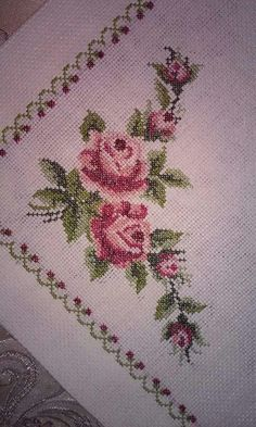 This Pin was discovered by ilk Cross Stitch Art, Cross Stitch Flowers, Cross Stitch Embroidery, Cross Stitch Patterns, Embroidery Neck Designs, Hand Embroidery Tutorial, Hobbies And Crafts, Diy And Crafts, Free To Use Images