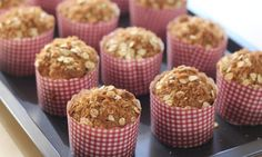 With all the flavours of the original Anzac biscuits, coconut and golden syrup, these muffins are moist and delicious. Pop them into lunch boxes or whip up a batch for afternoon tea. Healthy Filling Snacks, Healthy Snacks For Diabetics, Yummy Snacks, Delicious Deserts, Kid Snacks, Healthy Kids, Lunch Box Recipes, Snack Recipes, Lunchbox Ideas