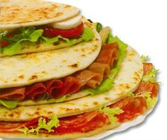 """Esse fim de semana tive a incrível experiência de experimentar  um """"pão"""" italiano em Curitiba . Sabe aqueles pratos de comida que só de olha..."""