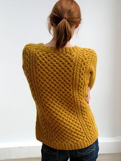 Ravelry: aranka's Flak v2.0 - pattern which is NOT ready made, instructions on how to design your own aran