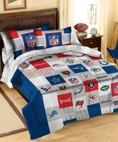 Take a look at this NFL Teams Bedding Set on zulily today! Green Bay Packers Helmet, Green Bay Packers Fans, Nfl Titans, Nfl League, All Nfl Teams, Full Comforter Sets, Football Team, The Help, Comforters