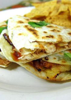 BBQ Chicken Pizzadilla - bbq chicken pizza quesadillas