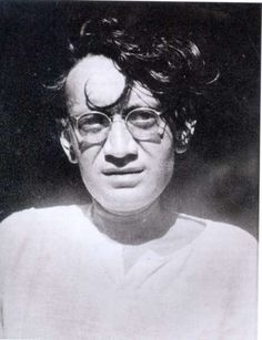 Toba Tek Singh By Saadat Hassan Manto Story Writer, Book Writer, Indian Literature, The Beautiful Country, Playwright, Mirror Image, Film Industry, Short Stories, Fiction