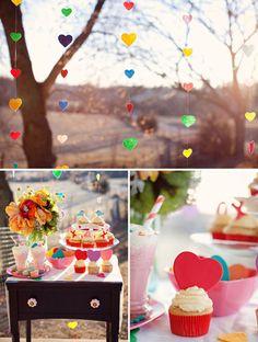 Para Falar de Casamento: Decoração com corações coloridos