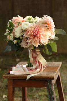 Blush bridal bouquet with Cafe au Lait dahlias. By Cincinnati wedding florist Floral Verde.