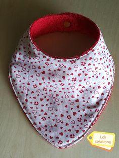 Réalisation d'un bavoir bandana pour être à la mode bébé