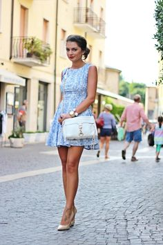 http://fashionhippieloves.com/2014/06/my-favourite-vacation-outfit-in-italy/