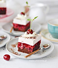 NAJLEPSZE Ciasto WIŚNIOWE z Kremem Jogurtowym Cake Recipes, Dessert Recipes, Food Cakes, Panna Cotta, Sweets, Pasta, Baking, Ethnic Recipes, Dinners