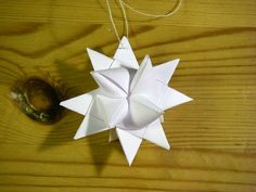Instructions for the German Paper Star. My aunt Susan used to make these!