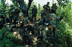 El Salvador army in the 80's