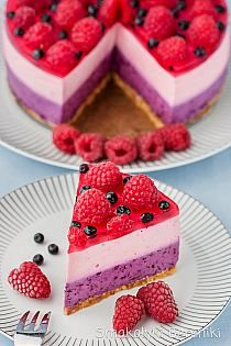 No Bake Blueberry And Raspberry Cheesecake. (in Polish with translator) Polish Desserts, Polish Recipes, Summer Dessert Recipes, Dessert For Dinner, Cake Cookies, Cupcakes, Nutella, Sweet Recipes, Cake Recipes