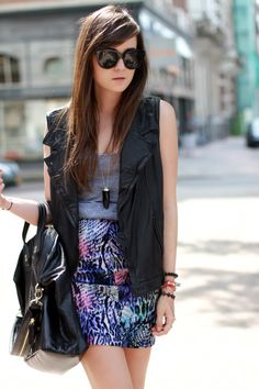 """Style Scrapbook: LOOK OF THE DAY """"LEATHER VEST"""""""