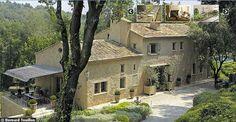 La nouvelle vie d'un mas en Provence - CôtéMaison.fr