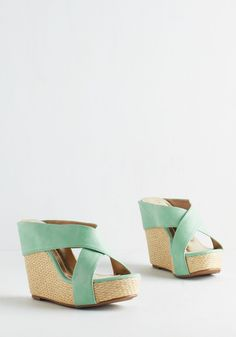 Oh, What a Wedge We Weave. Spin a tale of sassy strutting - and then bring it to life by stepping into these mint-green wedges! #mint #modcloth