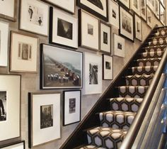 Gallery wall...and how bout that carpet!!