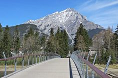 Bow Falls, Town of Banff, Banff National Park, Alberta, Canada