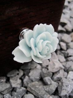 Would be a very pretty change on my jewelry box :)    Drawer / Cabinet knobs with Arctic Blue Shaded Flower MORE COLORS Available (RFK05). $6.00, via Etsy.