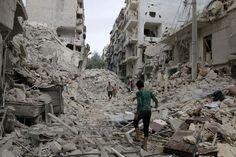 Batalha deixa cerca de 2 milhões de pessoas sem água em Aleppo, na Síria Cerca de 2 milhões de moradores da cidade de Aleppo, na Síria, estão sem abastecimento de água após o bombardeio que atinge a cidade desde quinta (22).