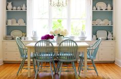 I actually like some color! dining rooms - built-ins shelves cabinets turquoise blue windsor dining chairs beadboard backing rustic dining table farmhouse kitchen painted backsplash.this would be perfect in my farm house! Windsor Dining Chairs, Painted Dining Chairs, Room Inspiration, Home Goods Decor, Dining Room Inspiration, Cottage Dining Rooms, Blue Dining Chair, Dining Room Decor, Home Decor