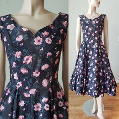 Dressy Dresses, 50s Dresses, Cotton Dresses, Vintage Summer Dresses, Vintage Outfits, Vintage Fashion, Rose Print Dress, Shirtwaist Dress, Printed Skirts