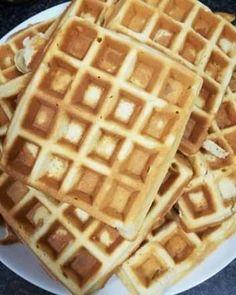 Illatos gofri Waffles, Pancakes, Keto, Breakfast, Food, Candy, Meal, Pancake, Essen