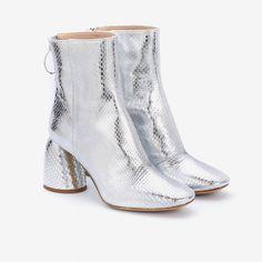 ELLERY|Class Ankle Boots Silver Elaphe | Minimal Nordic | minimalnordic.com Rat Snake, Python Snake, Calf Leather, Wearable Art, Calves, Minimal, Take That, Booty