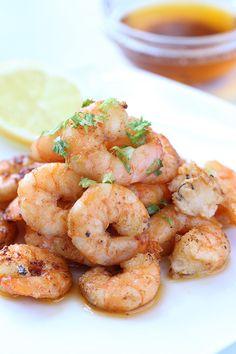 Zesty Shrimp in Garlic Sauce via @tasteaholics