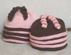 Fun Twirls Hat, Knitting pattern at easy, Saving picture for inspiration for color combo with pattern I already have.