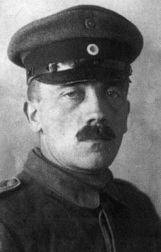 Rifleman Adolf Hitler is today decorated with the Iron Cross, 2nd class, receiving the honour yesterday #ww1 #history