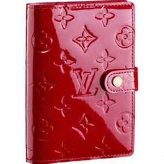Louis Vuitton Monogram Vernis Agenda in Pomme da mour. Just bought it & I'm in love :-)