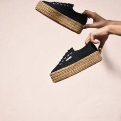 addf4a6f1 Las 80 mejores imágenes de Superga | Nike converse, Over knee socks ...