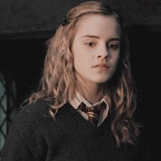 icons & headers — hermione granger icons / harry potter & the order. Harry Potter Icons, Mundo Harry Potter, Harry Potter Films, Harry Potter World, Emma Watson, Yer A Wizard Harry, Harry Potter Hermione, Harry Potter Wallpaper, Girls Series