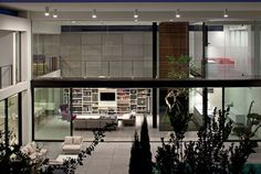 Contemporary Private Residence - InteriorZine